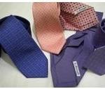 大学の卒業式に着るスーツに合わせるべきネクタイの色は?
