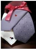 バレンタインに贈るプレゼント用のネクタイで男が喜ぶ色は?