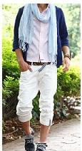 白のハーフパンツにジャケット