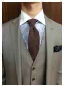 茶色ネクタイ着こなし