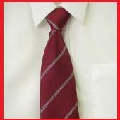 えんじ色ネクタイ