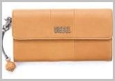 ディーゼルキャメル財布1