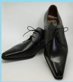 尖った革靴2