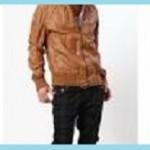 キャメルのメンズレザージャケットに合うインナーの色は?