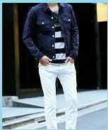 デニムジャケットにホワイトパンツ