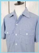 ブルーの半袖シャツ1