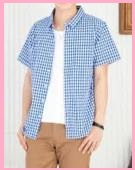 ブルーの半袖シャツ3