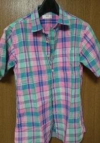 ユニクロリネン半袖シャツ1