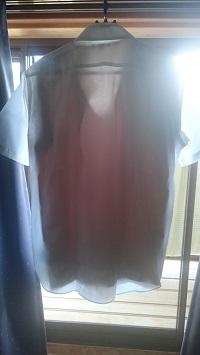 エアリズムのベージュを着た1