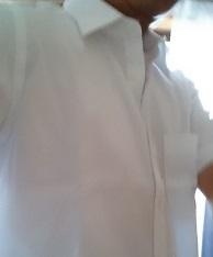 エアリズムのベージュを着た4